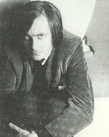 Barry Humpheries makes Establishment debut (Lewis Morley 1962)